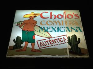 Cholo's